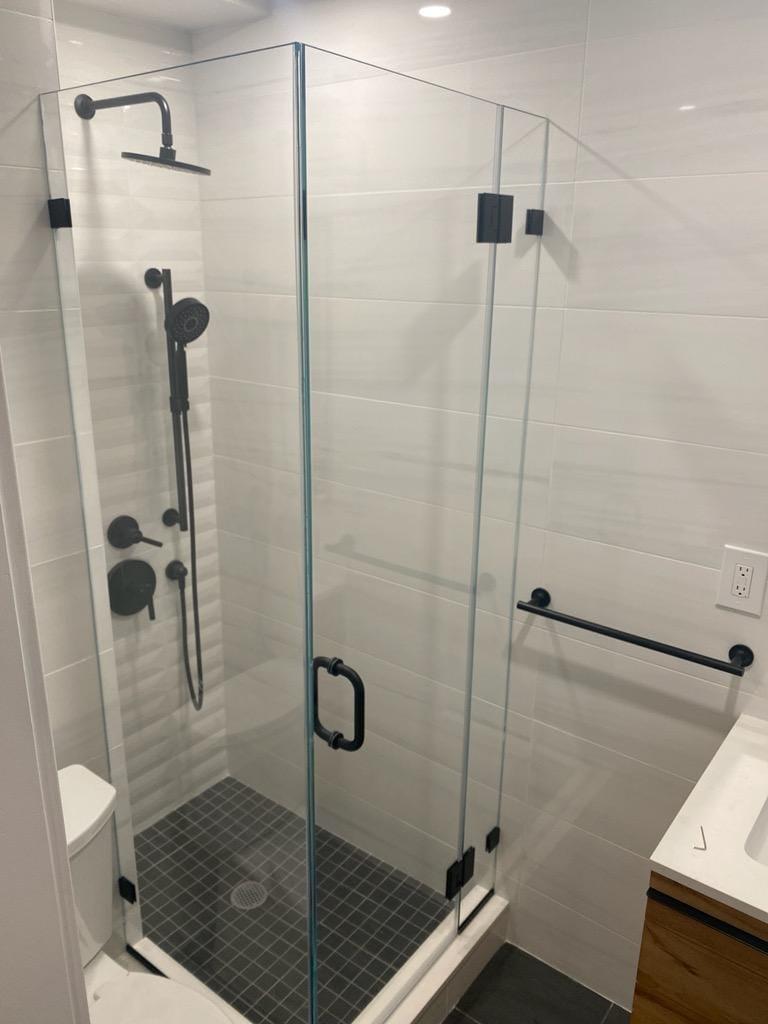 frames shower door bronx